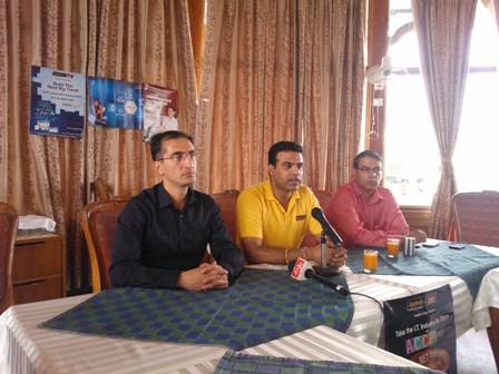 Naveen Bhaik & Vipin Chander