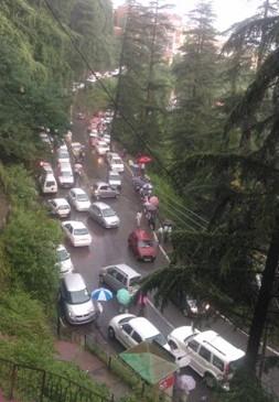 Traffic jams bring Shimla to a halt