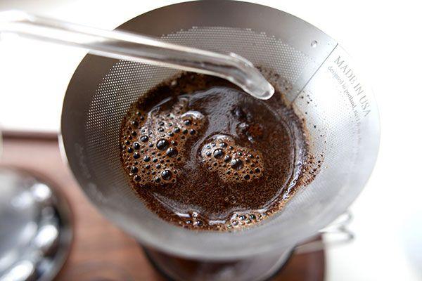 Barisieur coffee maker and alarm clock by Joshua Renouf_11