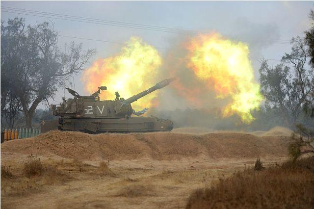 Heavy Artillery Fire in Gaza